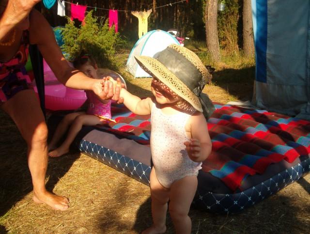 Marianna w babci kapeluszu