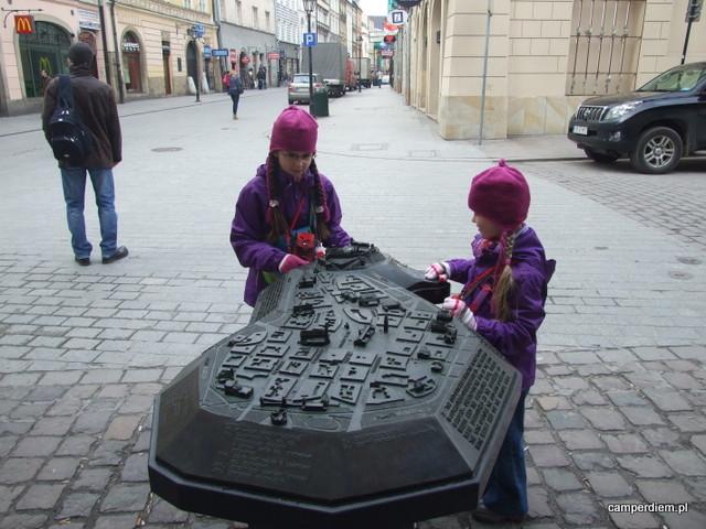 Rynek, Sukiennice, Wawel - makieta dla niewidomych