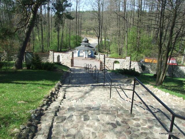 schody na Górze Krzyży