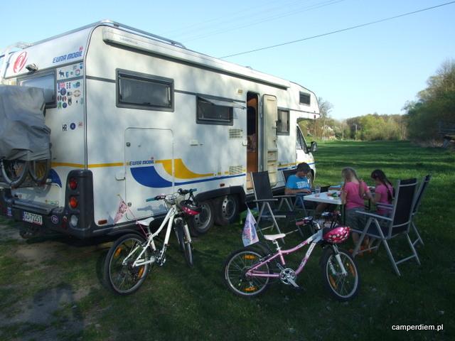 pole namiotowe w Mielniku