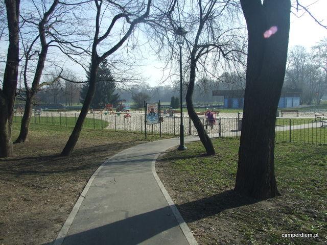plac zabaw w Parku Jordanowskim