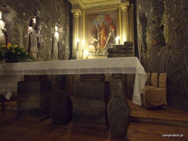 ołtarz papieski