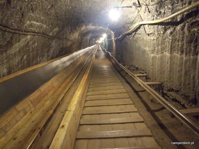 schody w kopalni soli