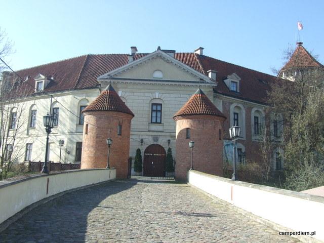 zamek w Pułtusku, górna brama