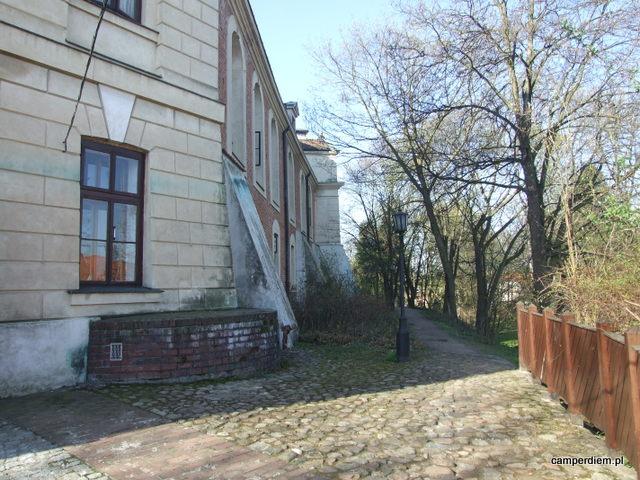 spacer wokół zamku w Pułtusku