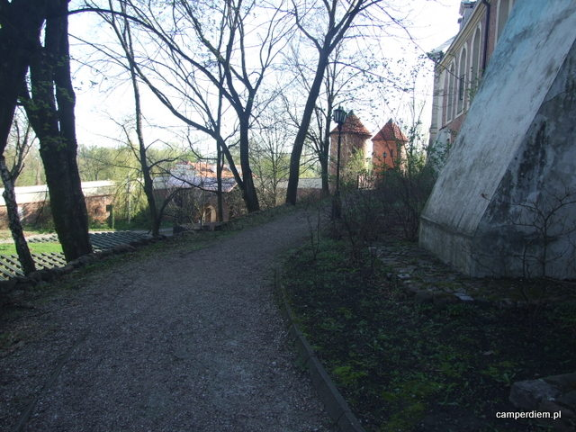 spacer wokół zamku Pułtuskiego