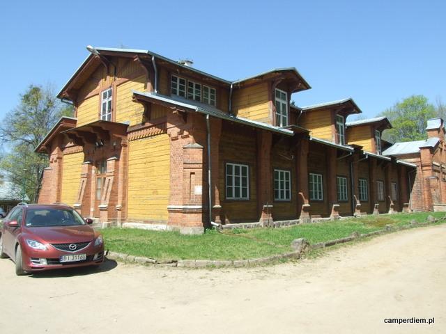 budynek pałacowy w Parku Carskim