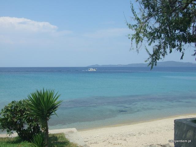 widok morza w Nea Roda