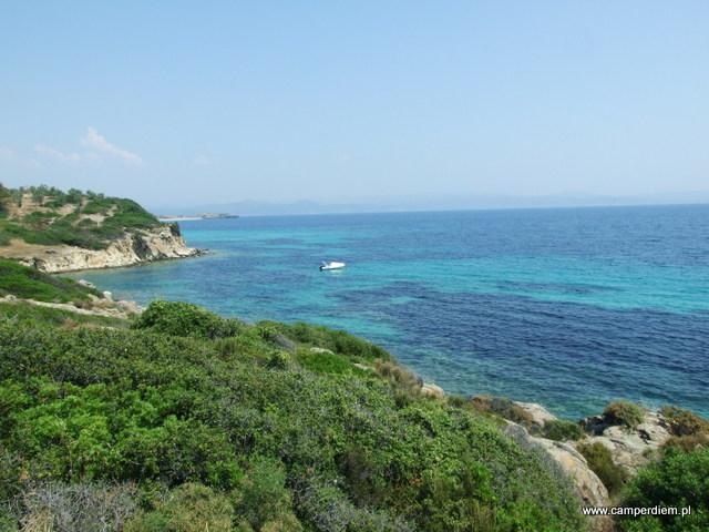 widok ze wzgórza w Ormos Panagias