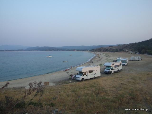 kampery na plaży Litochorio