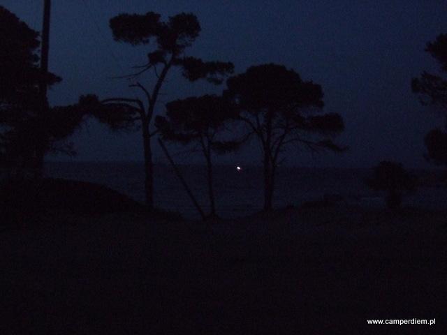 noc w Karidi