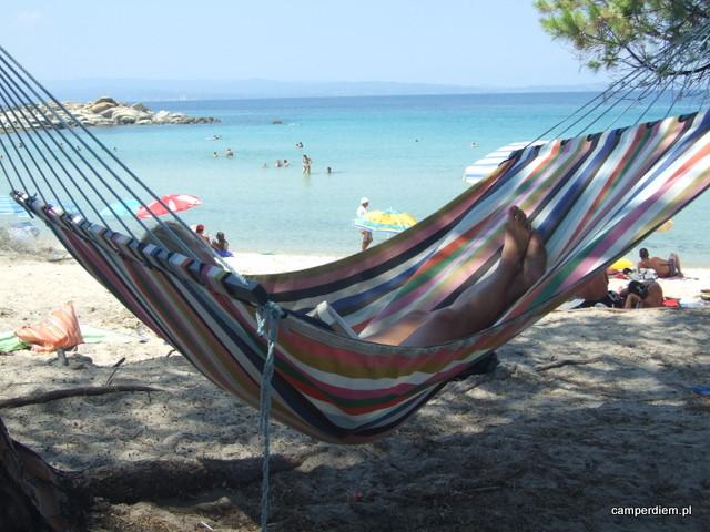 miło mieć hamak na plaży