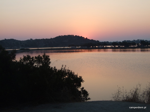 wschód słońca na Sithoni