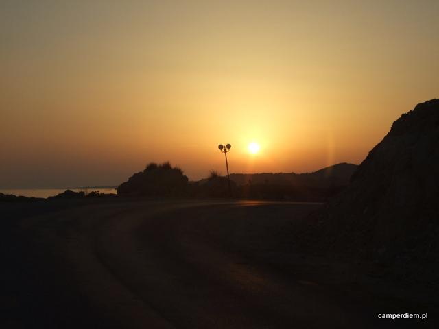 zachód słońca w Toroni