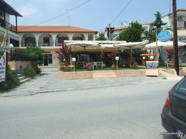 krótki spacer po Ormos Panagias