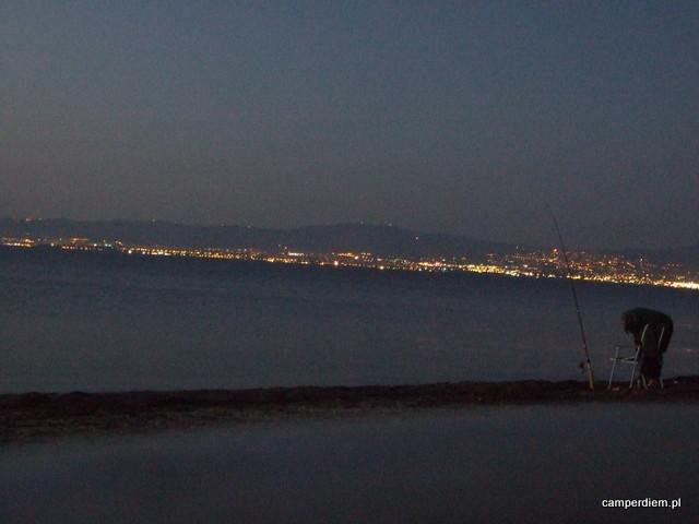 nocny widok z Ag. Triada na Saloniki