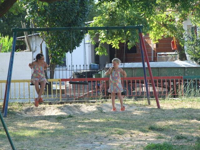 plac zabaw w Piperia