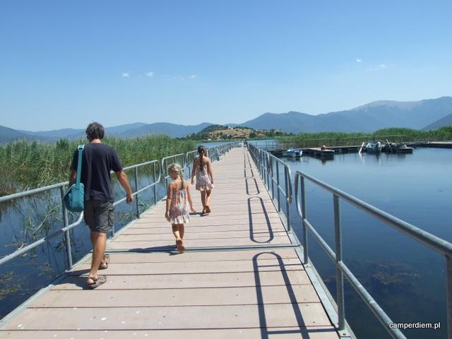 most na wyspę Ag.Achillios