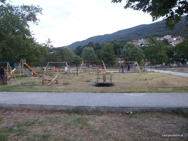plac zabaw w Stomio