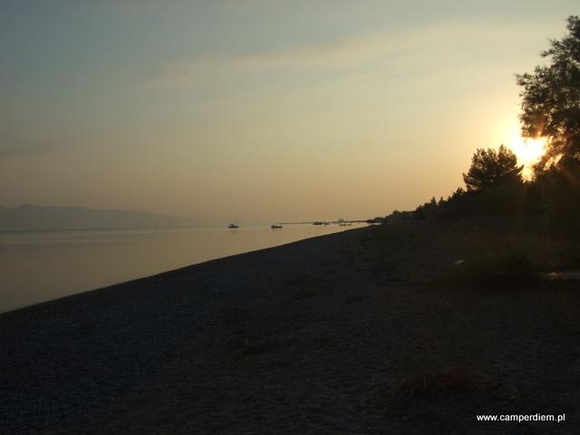 wschód słońca w Kanatadika