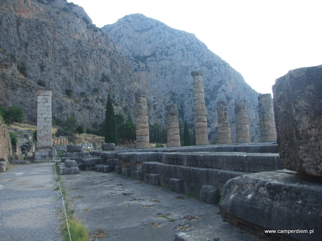 Świątynia Apolla w Delfach