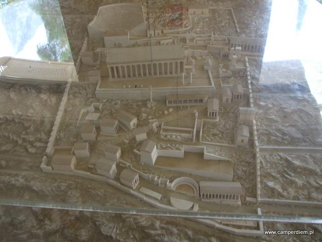 makieta wykopalisk w Delfach