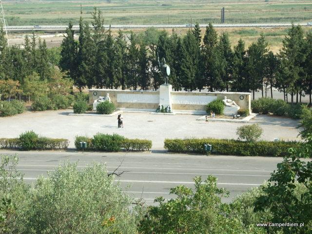 pomnik Leonidasa w Termopilach