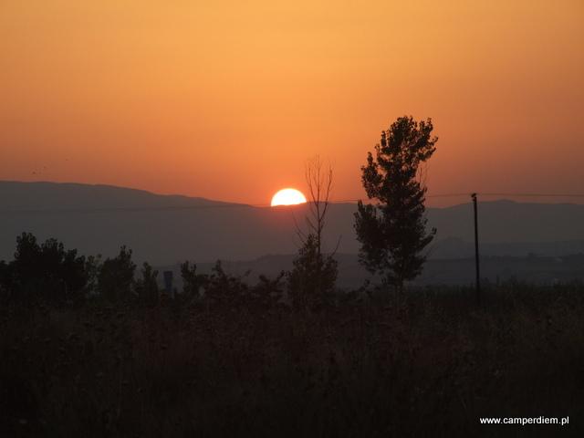 greckie słońce zachodzi dla nas po raz ostatni
