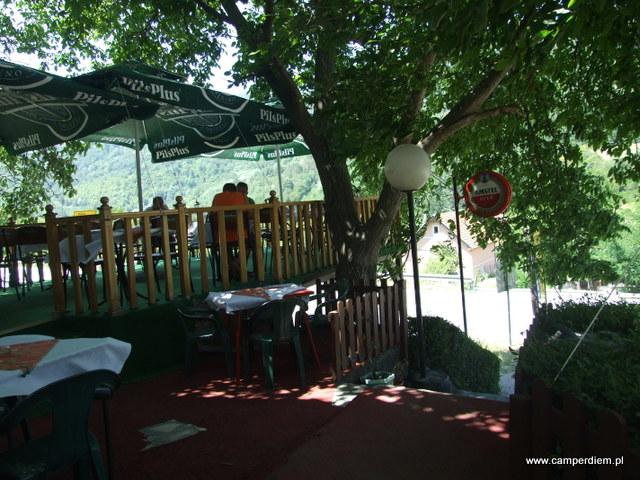 bar w Dżep, Serbia