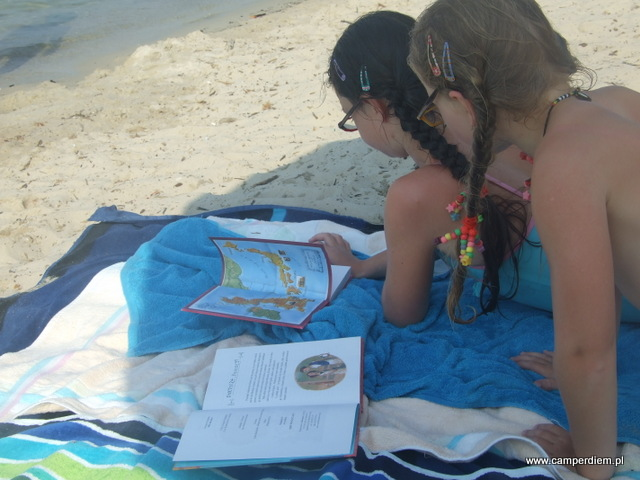 wakacje to dobry czas na czytanie książek