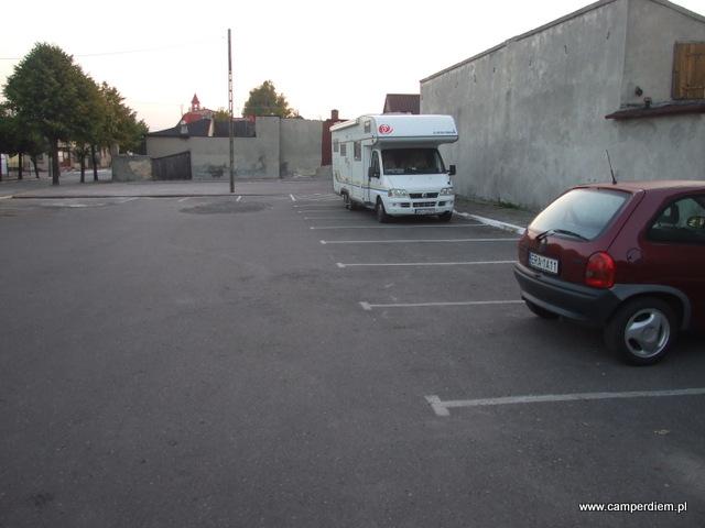 na parkingu w Kamieńsku