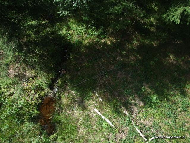widok w dół z kolejki linowej na Szrenicę