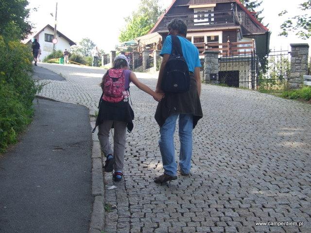spacer do kościoła Wang