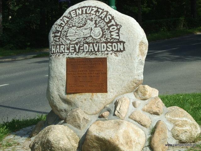 aleja miłośników Harleya w Karpaczu