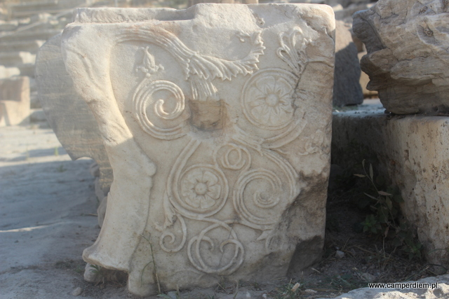 detal fotela w Teatrze Dionizosa